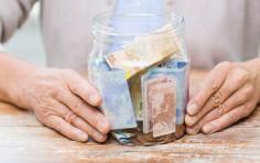 Pensioni, dal 2023 aumenta l'età: quali saranno i nuovi requisiti
