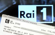 Canone Rai, esenzione a chi non supera gli 8 mila euro