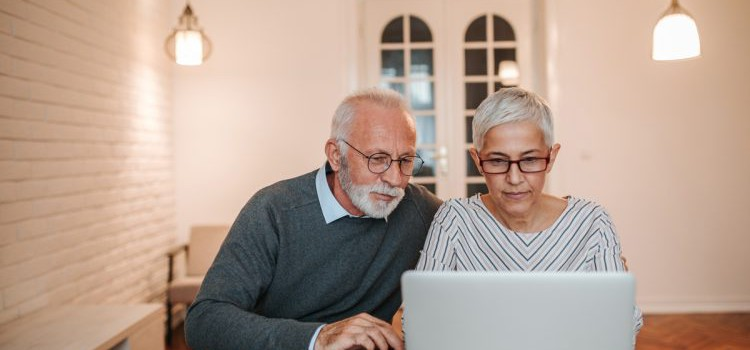 Pensioni, Ape sociale: estesa la lista dei lavori gravosi